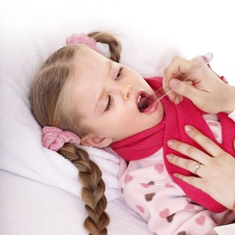 Головные боли у ребенка 7 лет: причины, что делать?