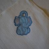 вышивка петелька на полотенце вафельном